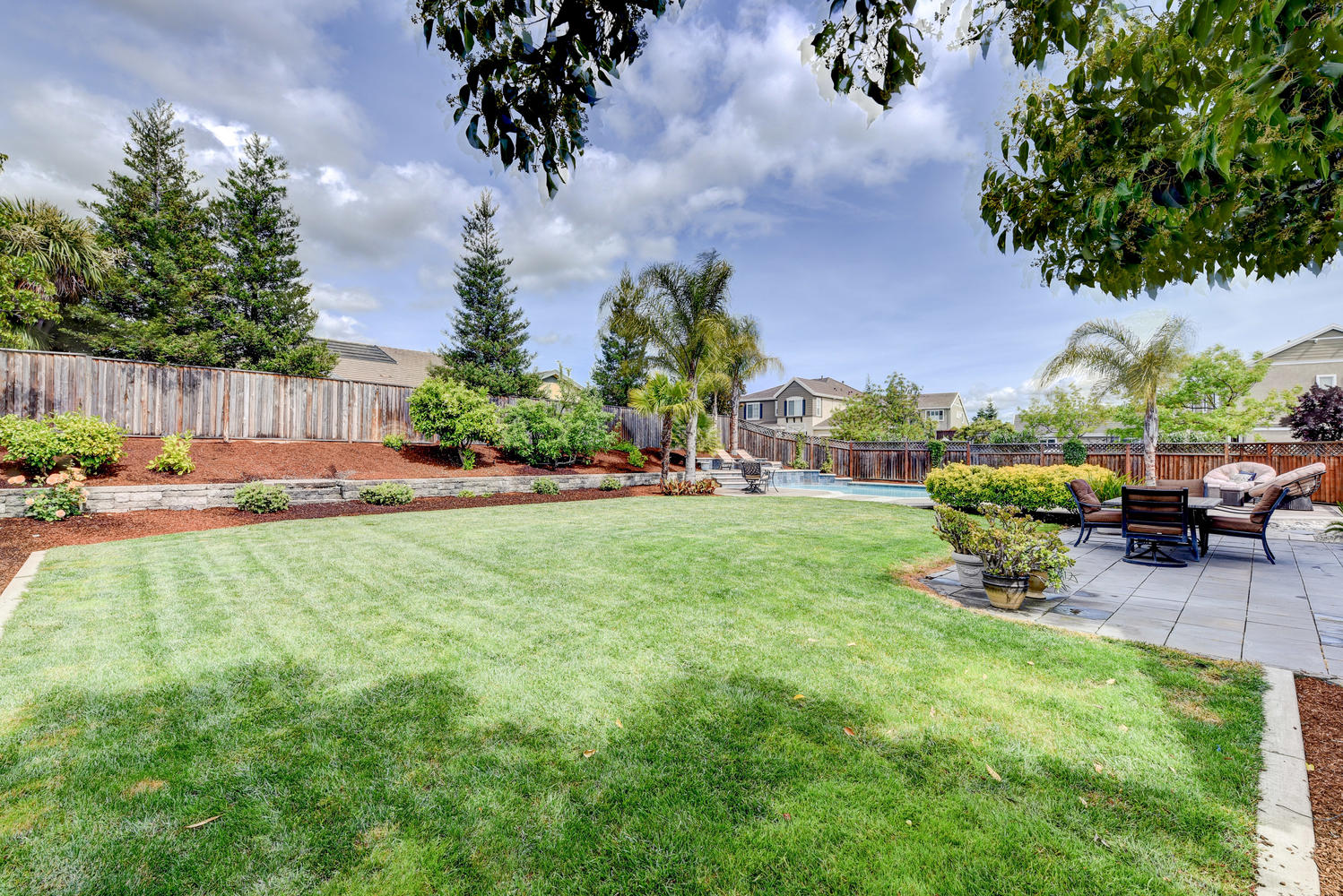 2896 Siena Rd Livermore CA-large-022-25-Back Yard-1498×1000-72dpi