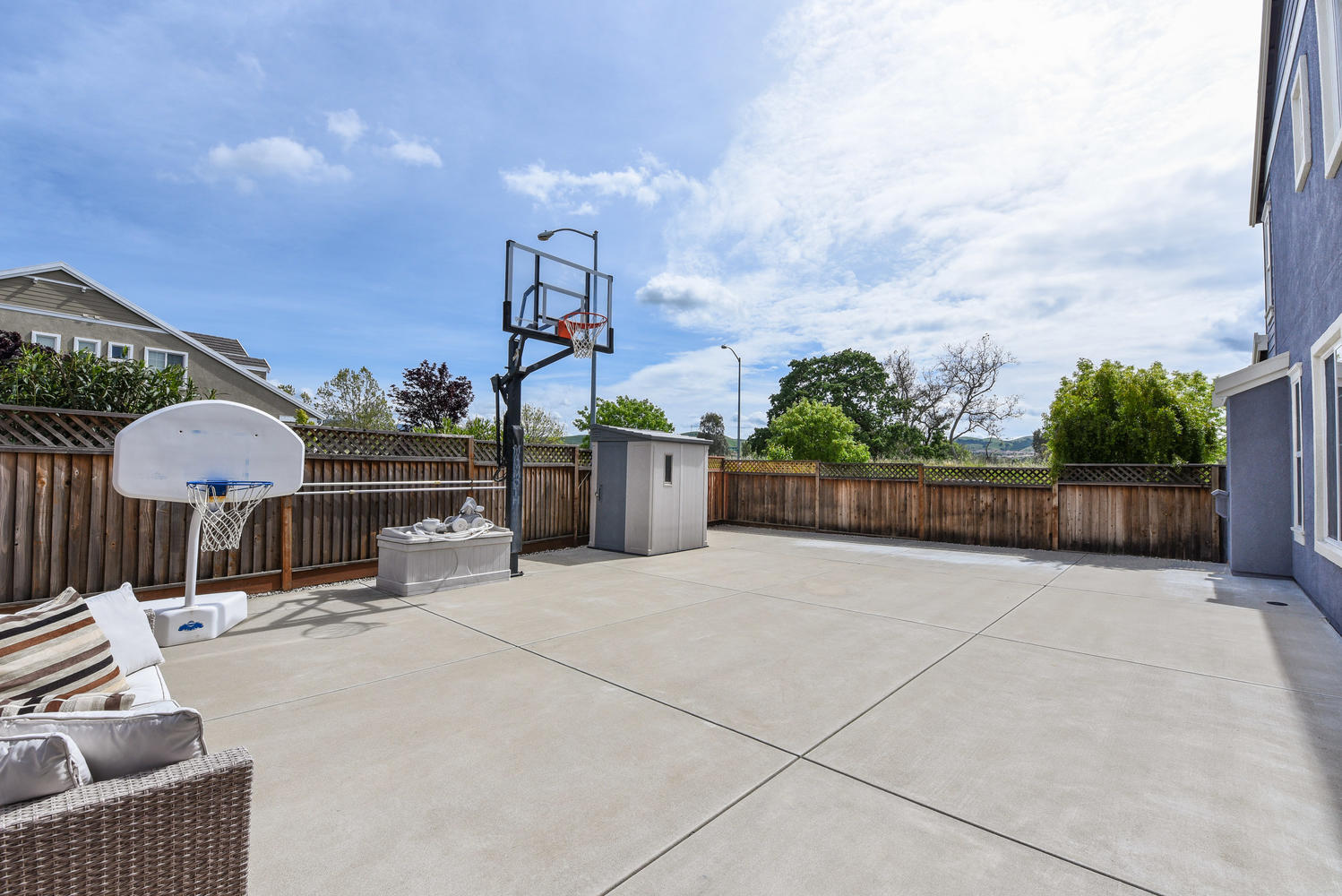 2896 Siena Rd Livermore CA-large-025-17-Back Yard-1498×1000-72dpi