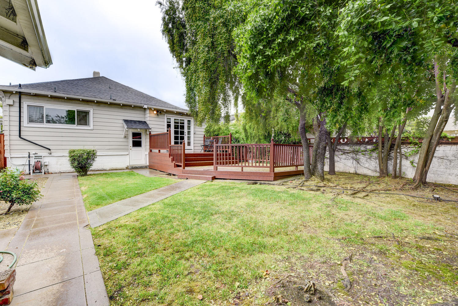 713 South I St-small-023-18-Back Yard-666×445-72dpi