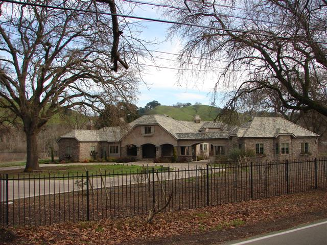Foothill Rd. Custom Luxury Home for sale 01 (Small)